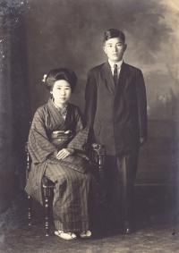 Issei couple, Masaki and Sakichi Kawashima [Courtesy of James Kawashima]