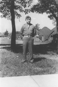 Dr. Richard Kainuma at Camp McCoy, Wisconsin, 1942 [Courtesy of Bob Kainuma]